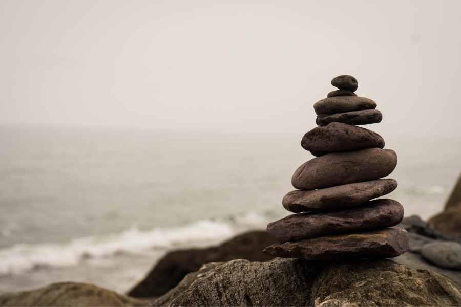 teach mindfulness meditation